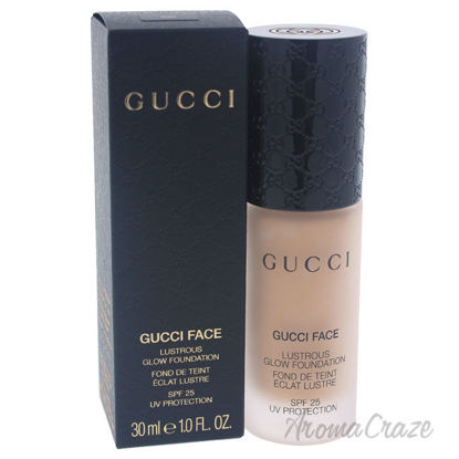 Picture of Lustrous Glow Foundation SPF 25 030 by Gucci for Women 1 oz Foundation