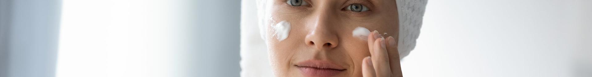 Makeup Products | Buy Best Face Primer Online | AromaCraze